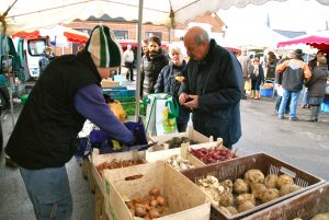 Le marché bio à Louvignies